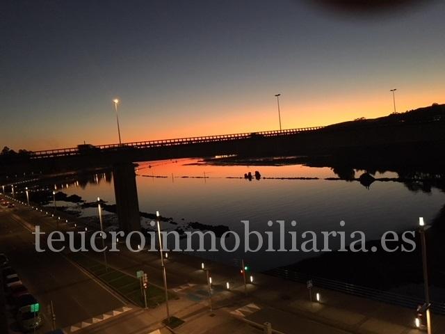 Piso en Pontevedra, zona Avda Marín,  enfrente al paseo marítimo.