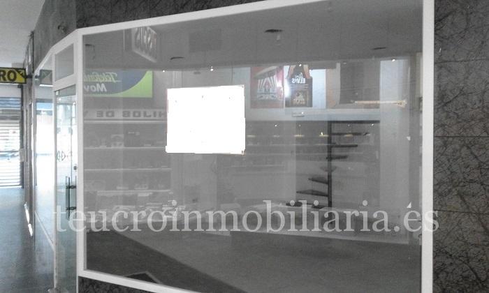 Bajo en alquiler galerías Riestra- Gutiérrez Mellado