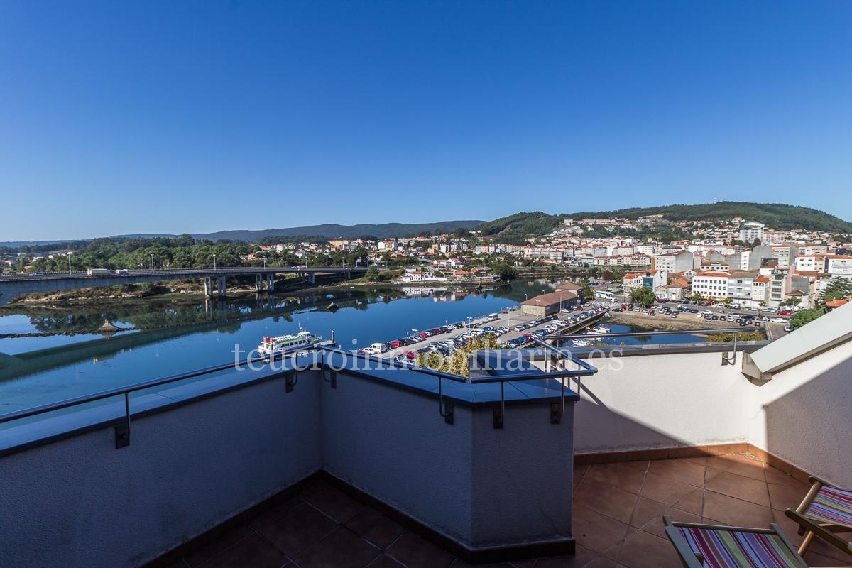 Impresionante ático con terraza de 3 dormitorios en Avda de Marin