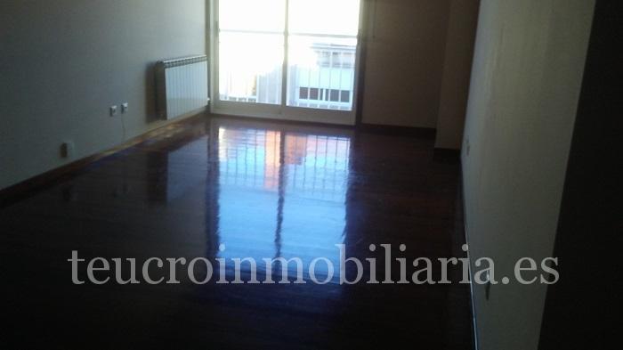ático de 3 dormitorios en Pasarón en urbanización con piscina