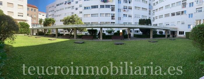 En el edificio más singular de Pontevedra, ubicado a 450 m de la Peregrina y 50 m del hospital provincial,