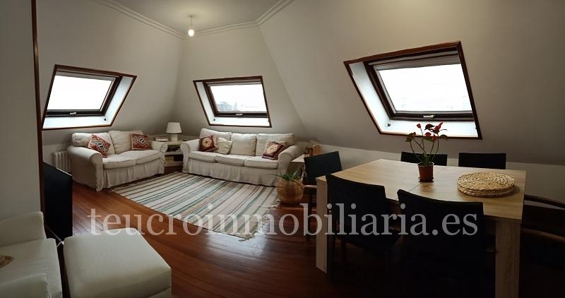 Ático  de 3 dormitorios muy luminoso en calle Peregrina